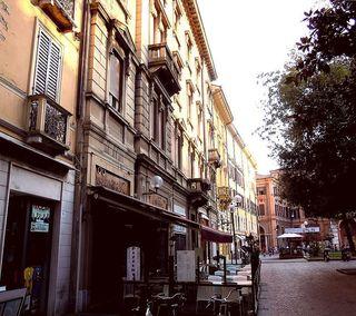 DSCN0412イタリアモデナの街風景001.JPG