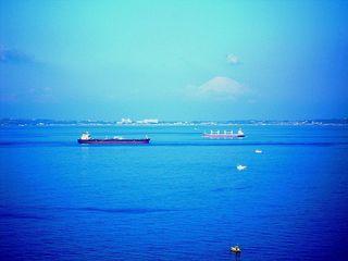 DSCN2901金谷001貨物船2隻.JPG