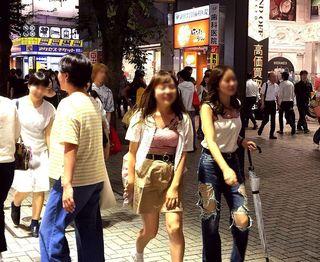 IMG_3760新宿駅東口界隈009.JPG