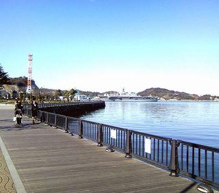 TS3C0463横須賀港001京急汐入ヴェルニー公園付近.JPG