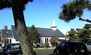 TS3C2700茅ヶ崎の住宅街の教会.JPG