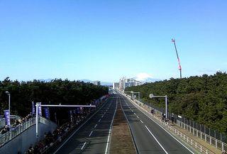 TS3C2706茅ヶ崎海岸通り富士山.JPG